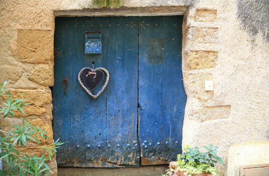 Lourmarin - vieille porte ©HOCQUEL A