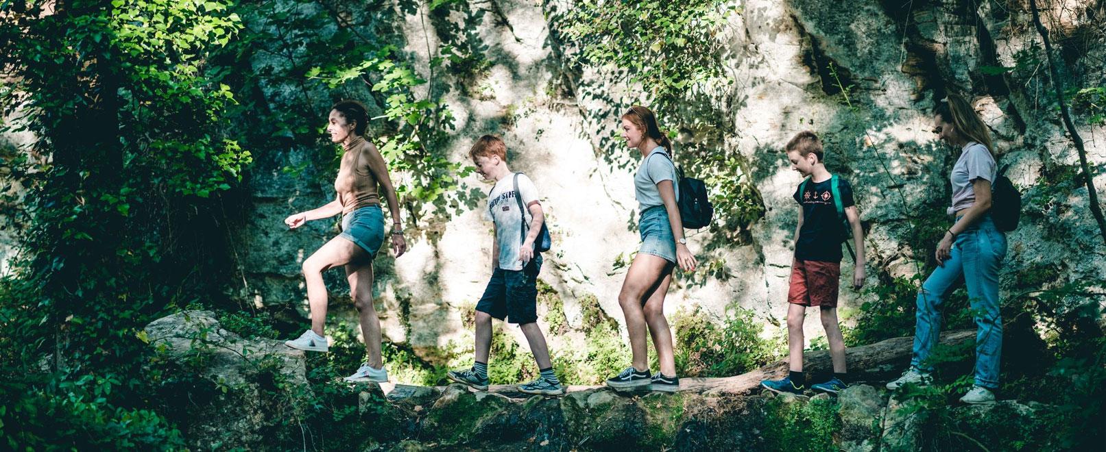 Randonnée pédestre en Vaucluse © O'Brien