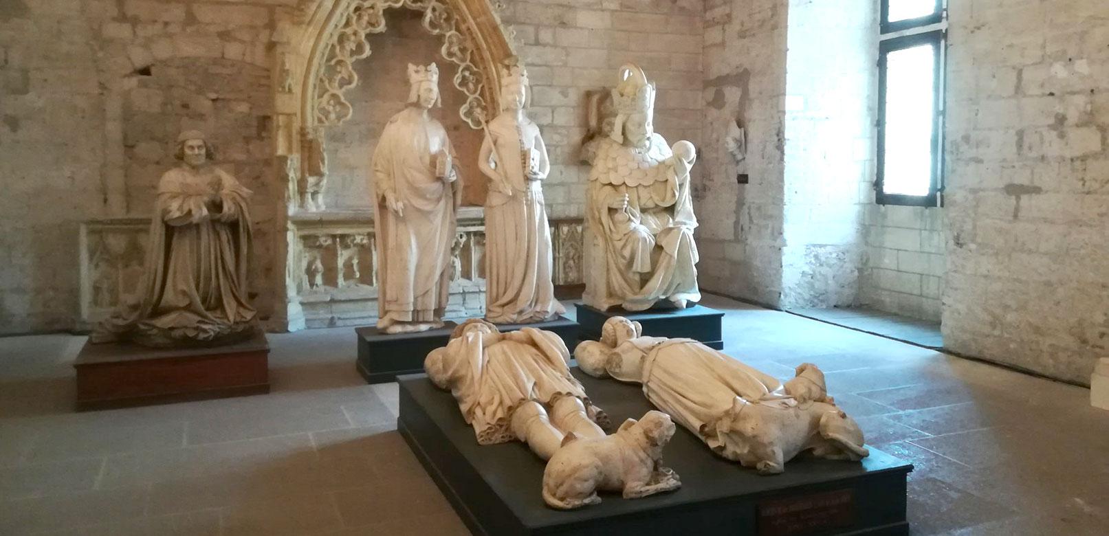 Statuts Avignon © Ripert