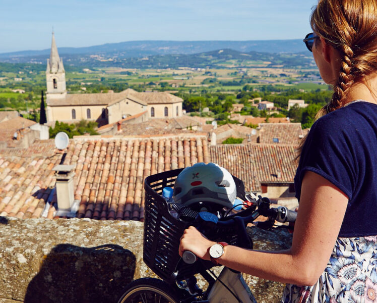 Bonnieux à vélo © Coquard
