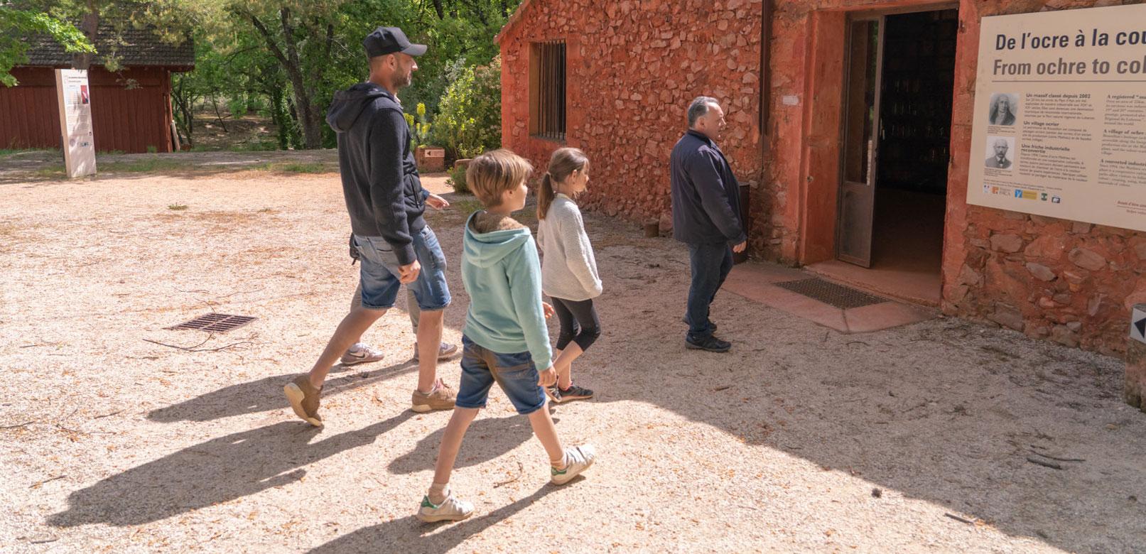 Visite guidée en Vaucluse © Planque