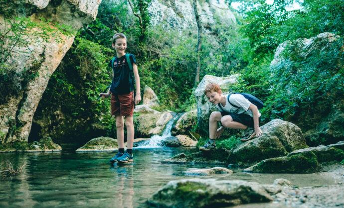 Au bord d'une rivière du Vaucluse